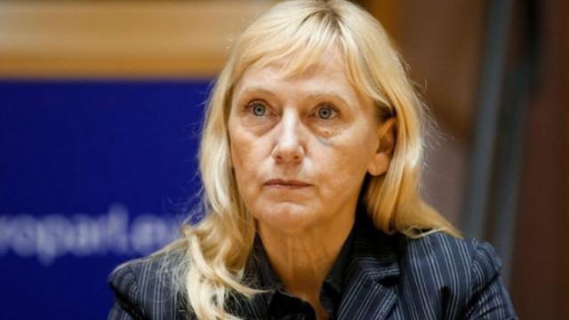 Антикорупционната комисия иска конфискация на 158 хил. лв. от Елена Йончева