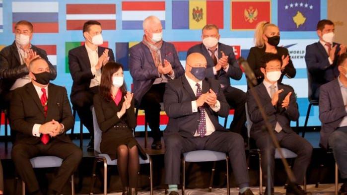 Министърът на младежта и спорта Красен Кралев, европейският комисар за