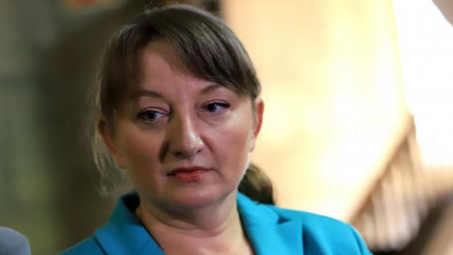Деница Сачева: Длъжни сме да предложим правителство, не ни е страх от служебен кабинет