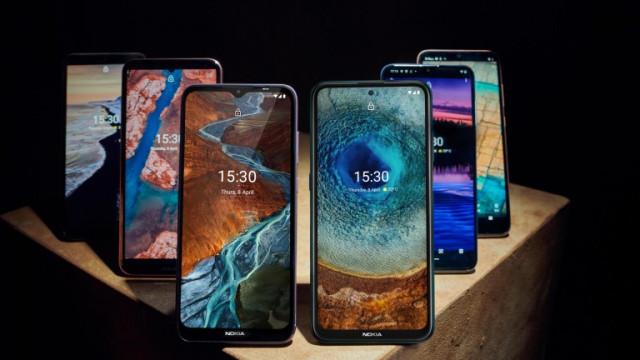 Nokia X-series, G-series, C-series и какво предлагат новите телефони от бюджетен и среден клас