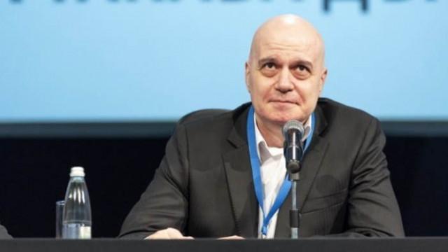 Журналистът Калина Андролова: Слави трябва да състави кабинет самостоятелно