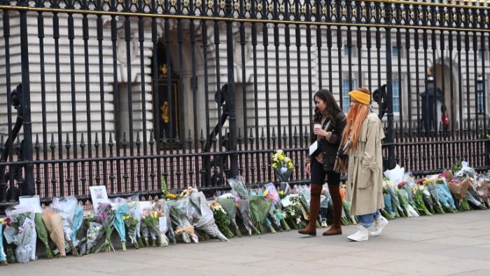 Британският премиер Борис Джонсънняма да присъствана погребението на съпруга на