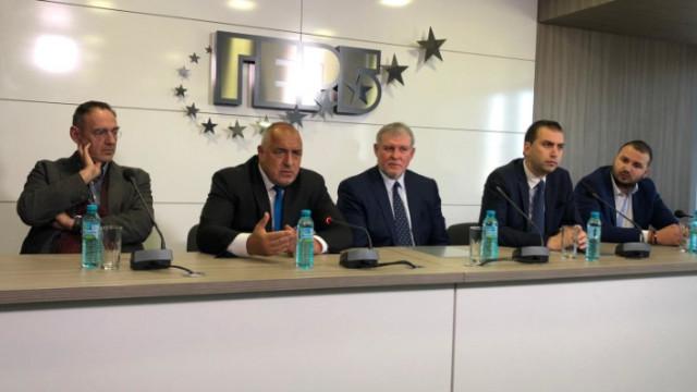 Любен Дилов не очаква депутатите на Слави да не намерят и кламер в шкафовете на Борисов