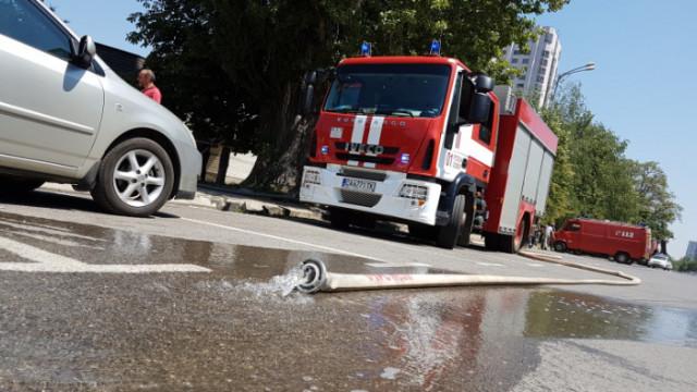 Двама пострадали при пожар в апартамент в София