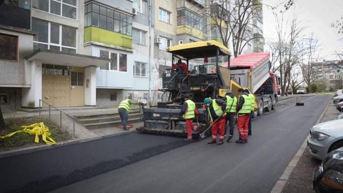 Продължава облагородяването на междублокови пространства във всички райони на Варна