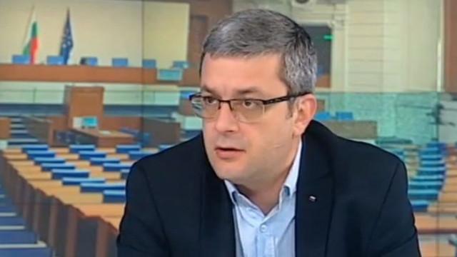 Тома Биков: ГЕРБ е партия, която се променя, затова печели изборите толкова пъти