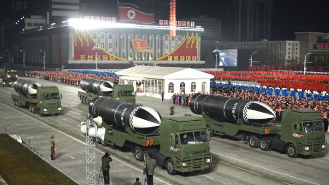 Северна Корея можела да има 242 ядрени оръжия до 2027-а