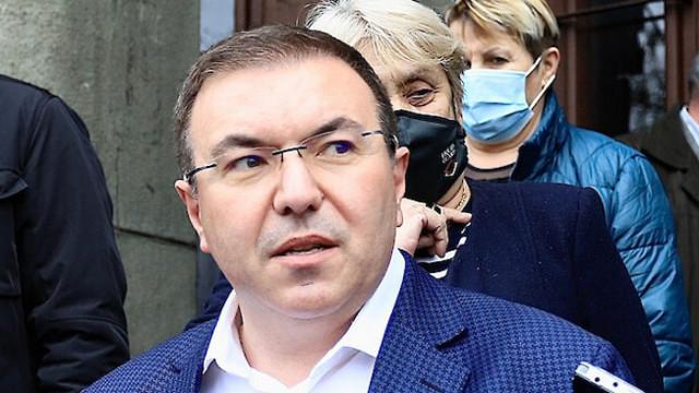 """Ангелов: Чакаме ЕМА да каже за """"Янсен"""", който желае """"Астра Зенека"""" - да я поставя"""