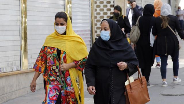 Иран с нов рекорд за заразени с коронавируса, надхвърли 65 000 починали