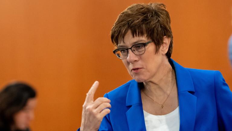 Германия обвиниРусия, че търси провокация с разполагането на руски въоръжени