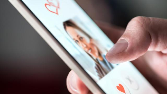 Facebook и новото приложение за видео запознанства