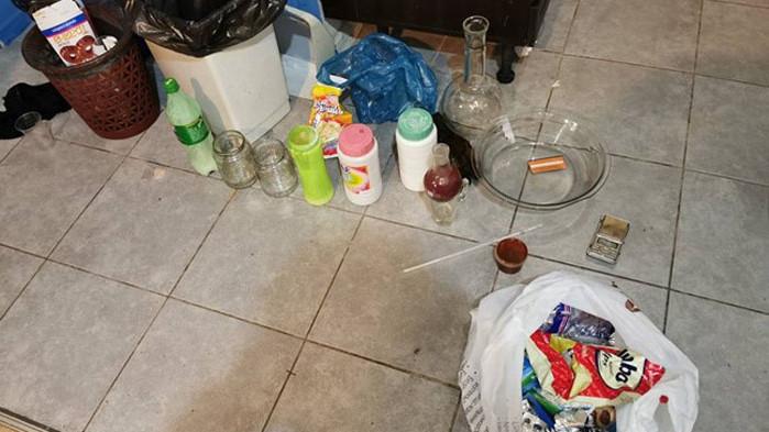 Полицията в Бургас с нов удар - разби още една нарколаборатория (СНИМКИ)