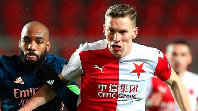Арсенал отстрани Славия и повтори клубен рекорд от 1932 г.
