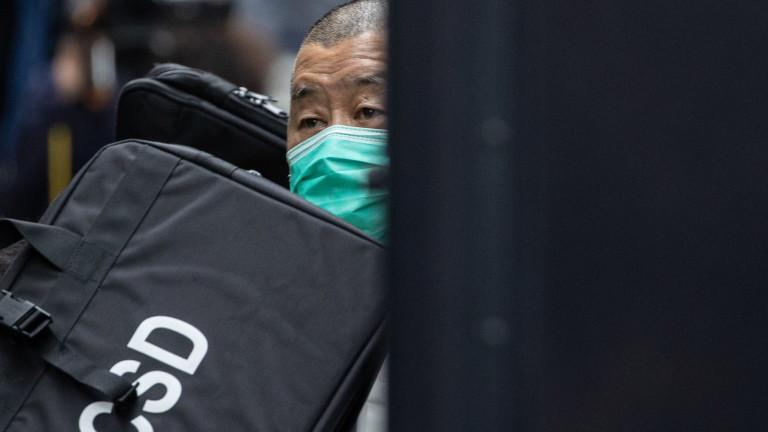 Хонконгският медиен магнат Джими Лай еосъден на 1 г. затвор