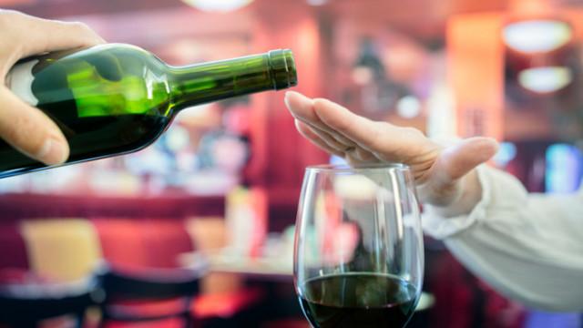 Кето диетата, алкохолната абстиненция и каква е връзката между двете
