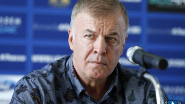 Наско Сираков опроверга слуховете за лиценза