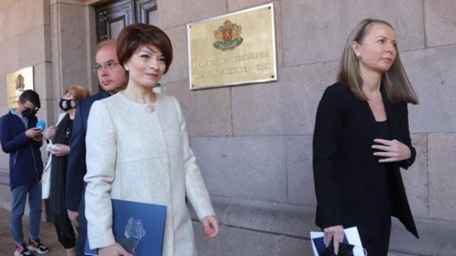 Десислава Атанасова: Очаквахме, че ИТН ще поемат отговорност