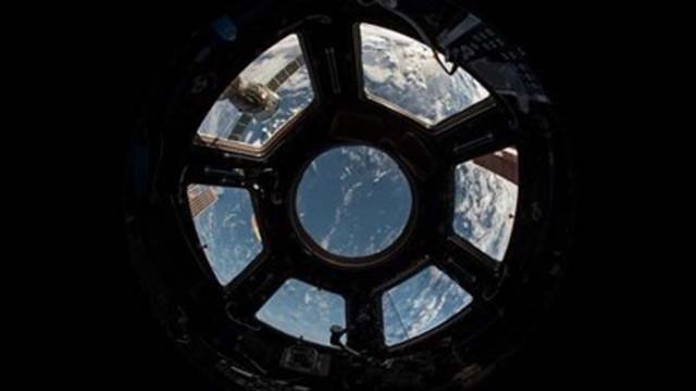 """Товарният космически кораб рекордьор """"Прогрес МС-14"""" се отдели от МКС, ще падне в Тихия океан"""