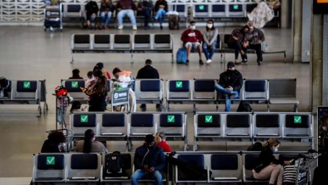 САЩ удължават забраната за работни визи до края на годината