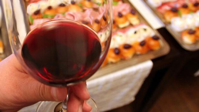 Виното е най-малко вредната алкохолна напитка