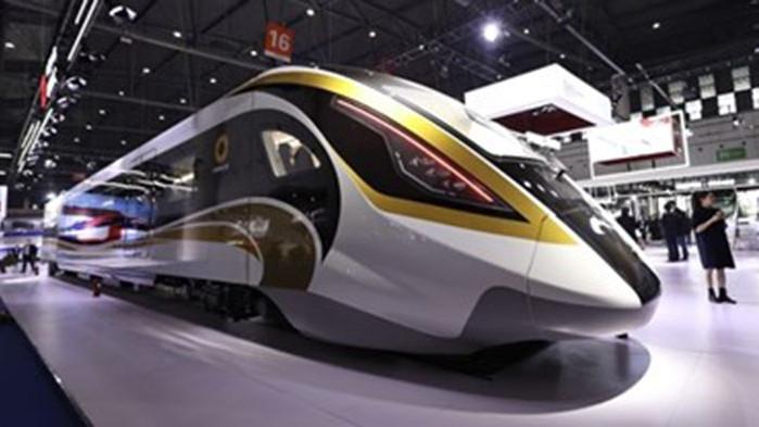 Индустриалният панаир в Чънду показва най-новите постижения в железопътния транспорт