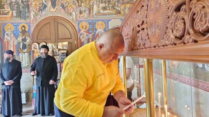 Борисов: Велика събота е, да бъдем смирени!
