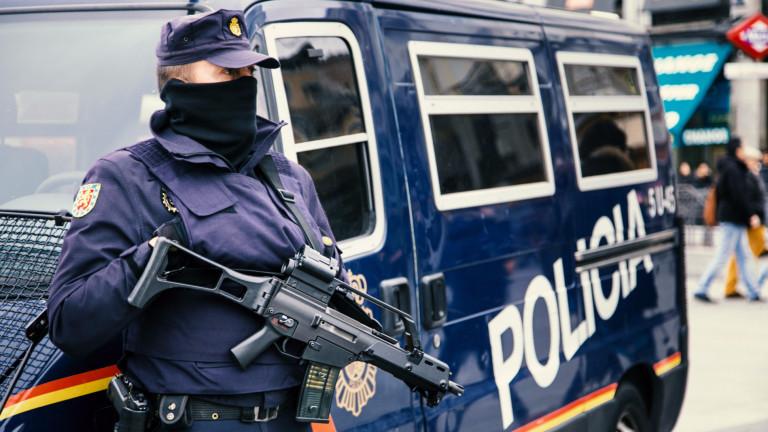 Испанската полиция разбиха наркобанда при опит да внесе седем тона