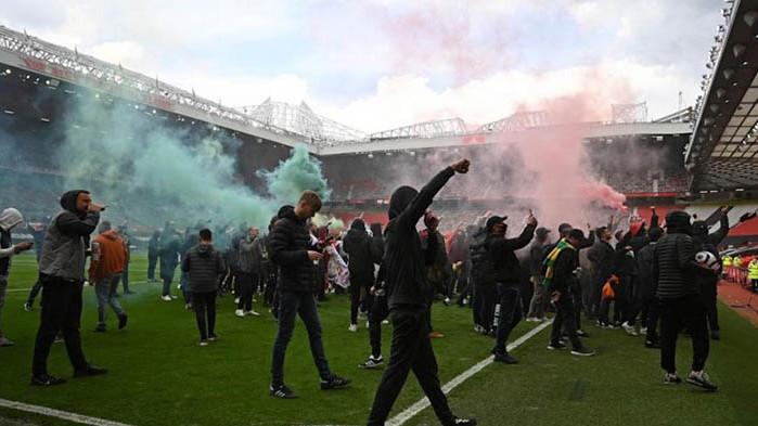 Ливърпул и Манчестър Юнайтед няма да играят днес