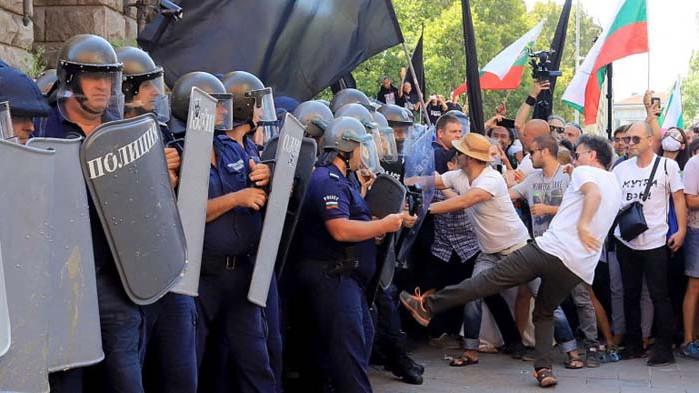 """Полицейският синдикат се обяви срещу обидите от политици на """"еничари"""""""