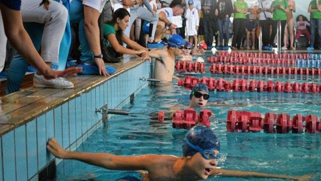 Стартира програмата за началното обучение по плуване за деца от 6 до 8 г.