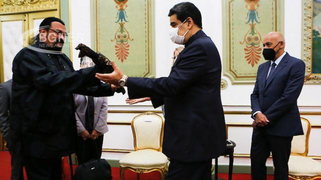 Мадуро: Със Стивън Сегал ще снимаме нов филм
