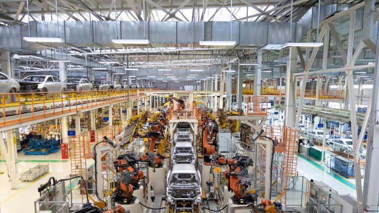 Toyota Motor Corp. натрупа запаси от някои компоненти за четири