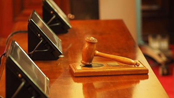 Осъдиха условно трима за грабеж в зaведение на прохода Петрохан