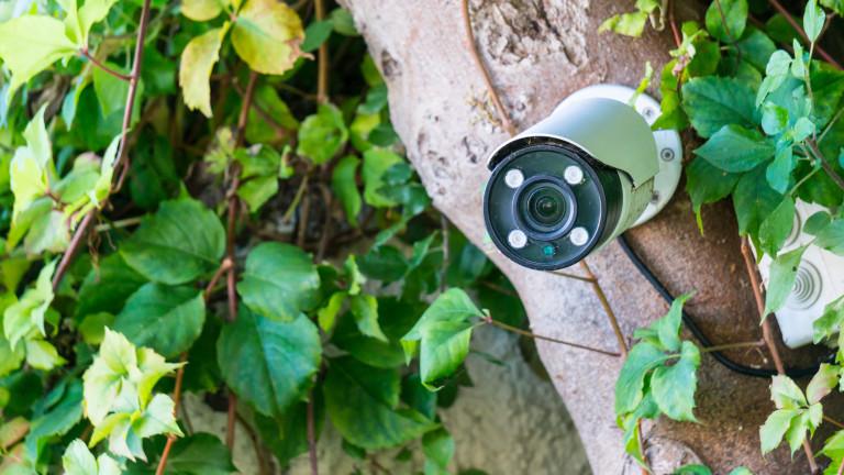 Силистренското село Калипетрово противодейства на незаконните сметища с подвижни видеокамери.