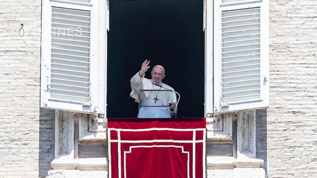 Папата призова сблъсъците в Йерусалим да бъдат прекратени