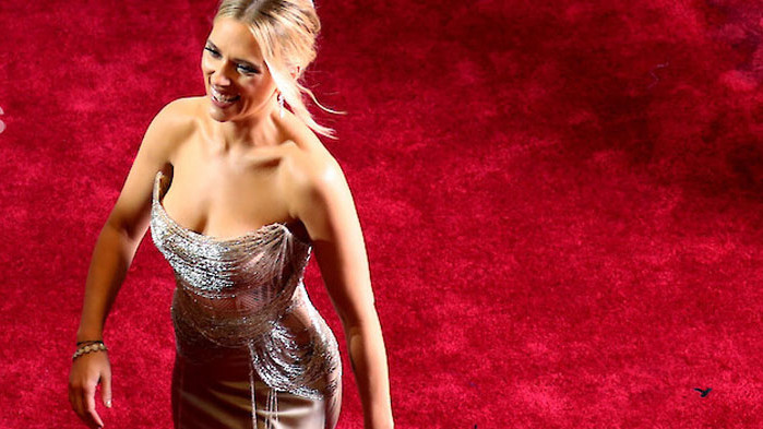 Актрисата Скарлет Йохансон се присъедини към критиците на тялото зад