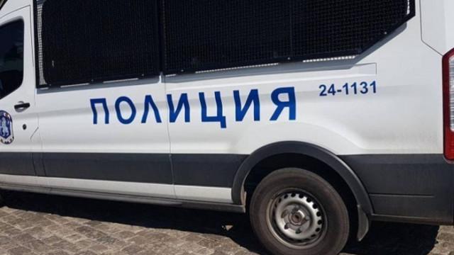 Жестоко убийство: Младеж наръга 27 пъти жена в село Скала