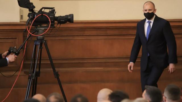 """""""24 часа"""": """"Военен"""" кабинет готви Радев, май се отказа да взема за министри от БСП"""