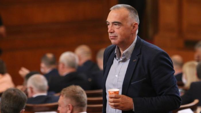 Червеният Антон Кутев ще е говорител на служебното правителство на
