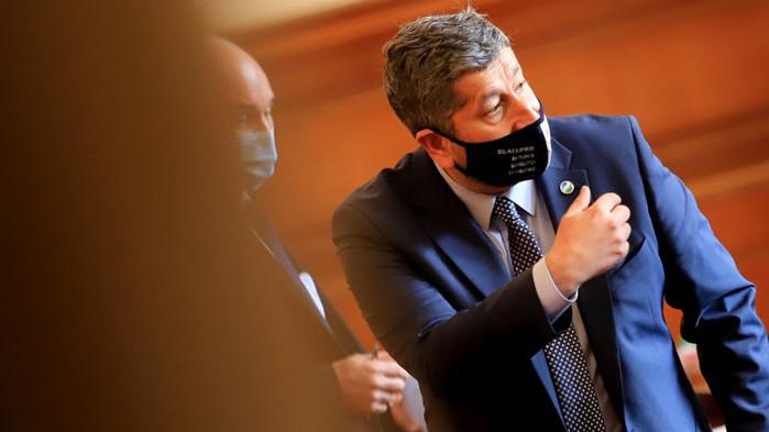 Борисов го направи министър, Христо Иванов пристана на Мая Манолова