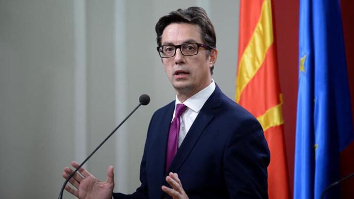 Властите в РС Македония разчитат на чужда намеса и създаване