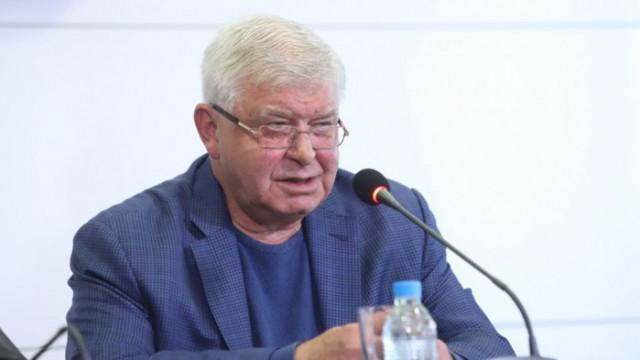 Кирил Ананиев разказа, че и при предишния кабинет на Радев е имало натиск за уволнения