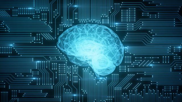 Критичната част от машинната икономика са... хората