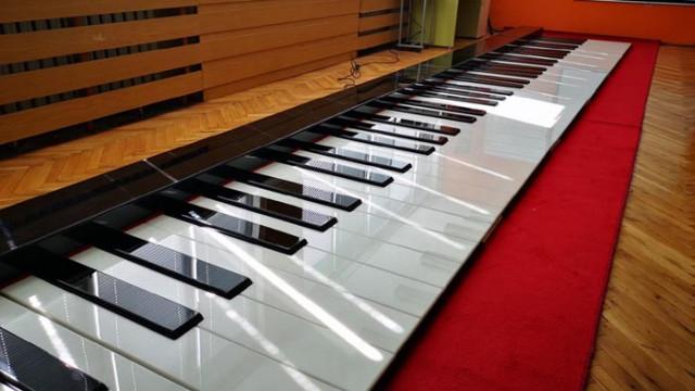 Ученици с нарушено зрение се обучават по иновативен и интересен метод под звуците на пиано