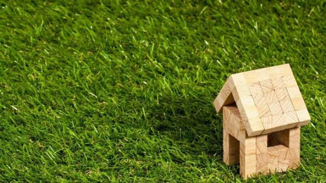 С по-бавен темп, но жилищата продължават да поскъпват – 4,7% за година