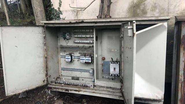 Откраднаха 60 м. захранващ осветлението кабел от Аспарухов мост