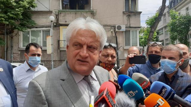 На 14 април прокуратурата каза на Рашков, че Божков си купува гласове, той обаче май не е разбрал