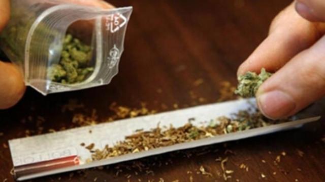 Спипаха трима с наркотични вещества във Варна и областта
