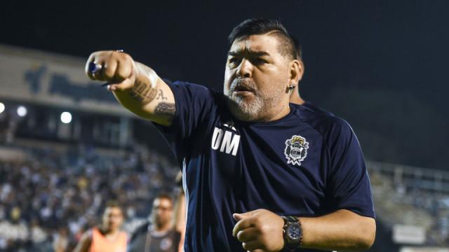 Кои са обвинените за смъртта на Диего Марадона?