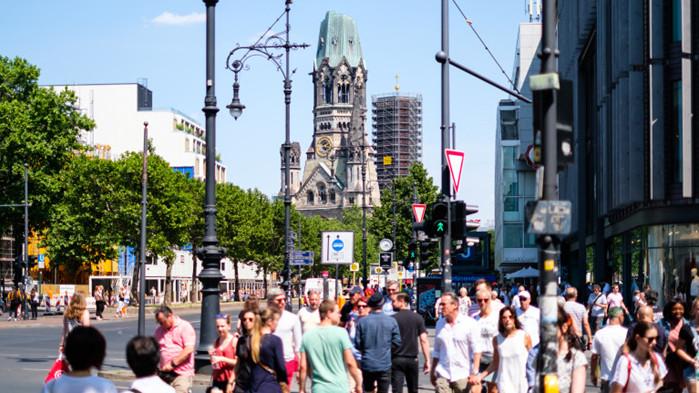 Германската Vonovia SE постигна сделка за придобиването на конкурентната Deutsche